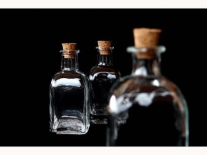 bottle-736023_640